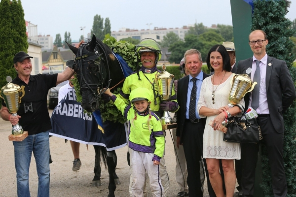 Siegerehrung zum Österreichischen Traber-Derby 2017